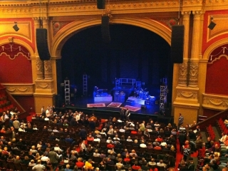 Joe Bonamassa at the Royal Carré theater, November 2010 - Before the show